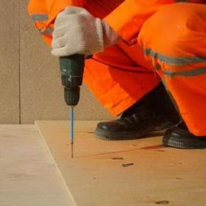 Настил фанеры на деревянное основание (на саморезы)